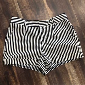 Forever 21 Navy and white striped shorts small